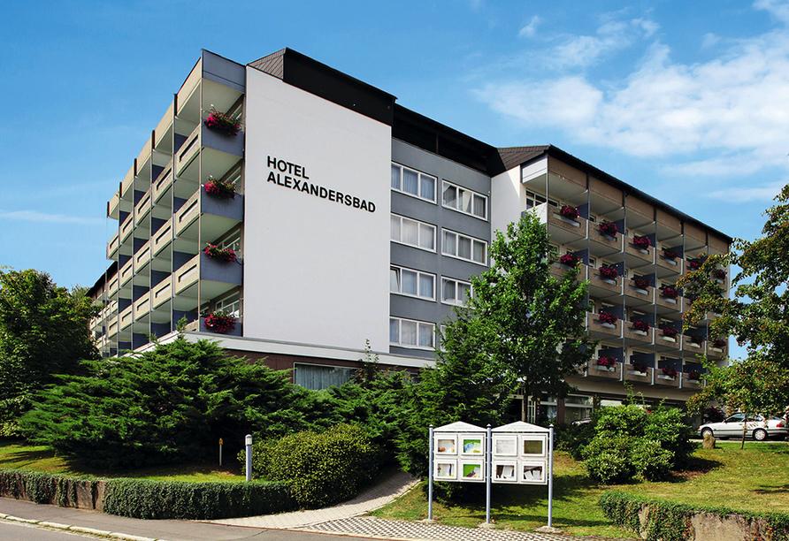 SOIBELMANNS Hotel Alexandersbad, Außenansicht vom Hotel