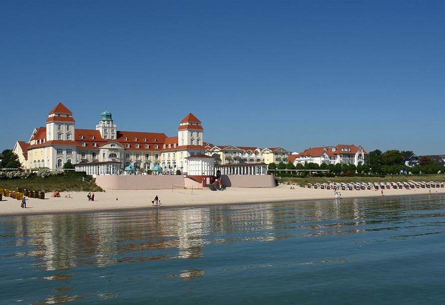 Strandhotel Lobbe in Lobbe auf Rügen, Ausflugsziel Binz