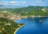 Park Hotel Oasi Garda Gardasee Italien, Blick auf Garda