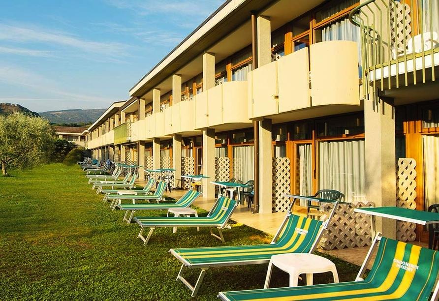 Park Hotel Oasi Garda Gardasee Italien, Liegewiese