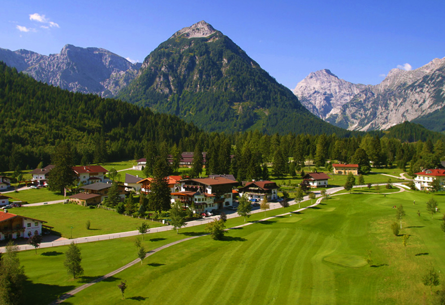 Hotel Enzian in Pertisau am Achensee, Luftaufnahme