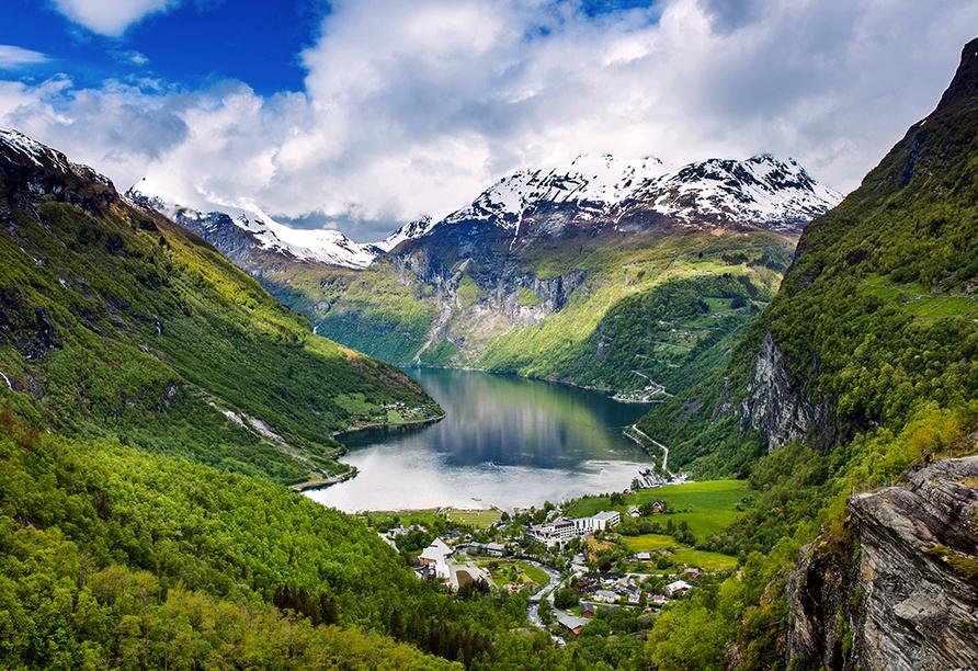 Costa Fascinosa, Geiranger Fjord