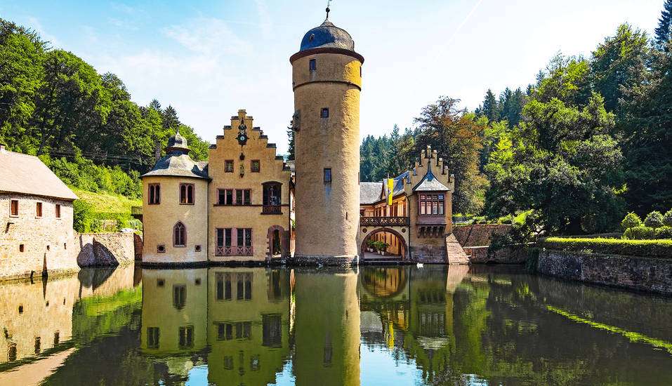 Müller's Landhotel in Mespelbrunn, Schloss Mespelbrunn