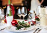 SOIBELMANNS Hotel Alexandersbad, Weihnachtlich gedeckter Tisch