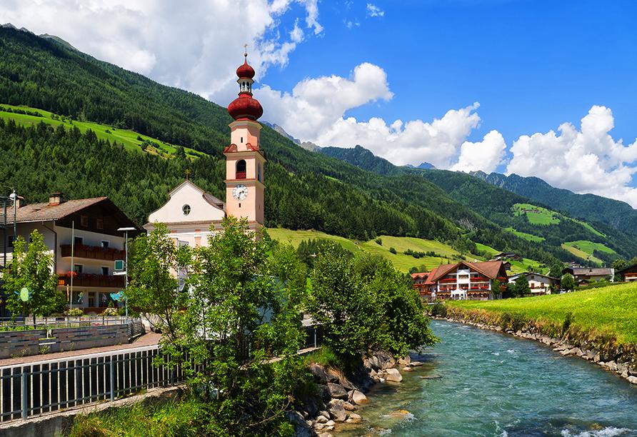 Hotel Gallhaus in St. Johann im Ahrntal, Dorfidylle