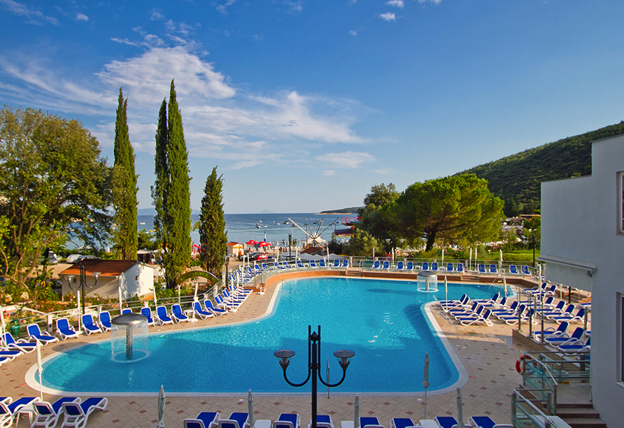 Hotel Mimosa in Rabac, Poollandschaft 1