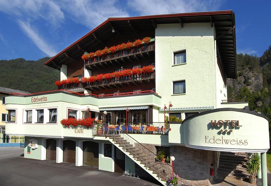 Hotel Edelweiss in Pfunds, Außenansicht