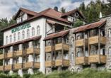 Burghotel Am Hohen Bogen in Neukirchen beim Heiligen Blut, Außenansicht