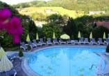 Burghotel Am Hohen Bogen in Neukirchen beim Heiligen Blut, Pool