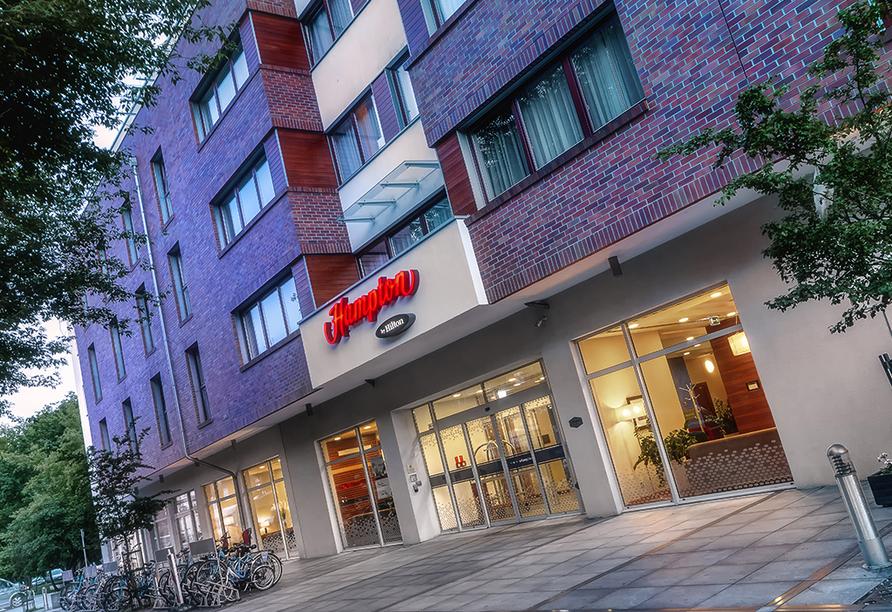 Hotel Hampton by Hilton Swinoujscie in Swinemünde auf Usedom, Außenansicht