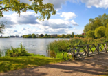 Radeln Sie durch Potsdam und machen Sie Halt am Jungfernsee.