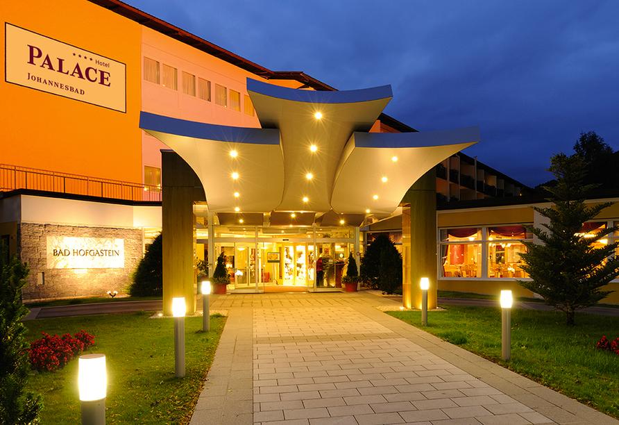 Johannesbad Hotel Palace in Bad Hofgastein, Außenansicht