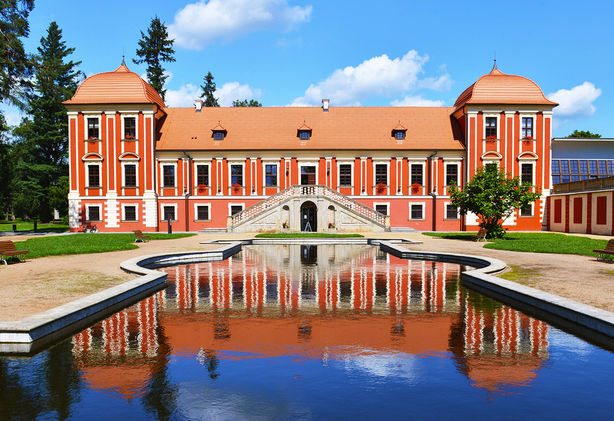 Active & Wellness Hotel Subterra in Ostrov, Schloss Ostrov
