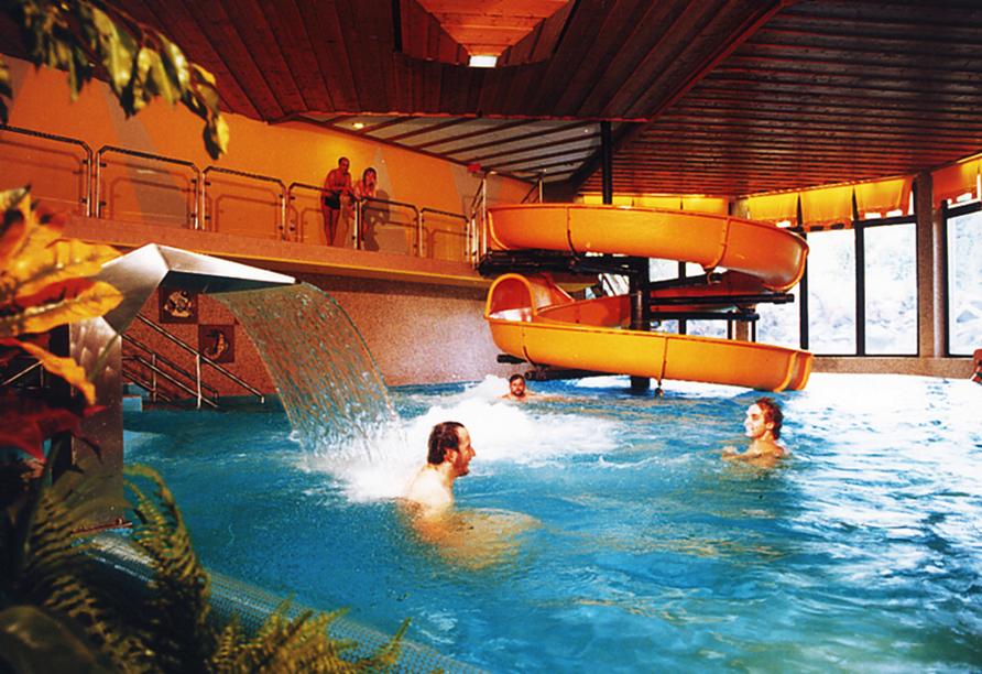 Hotel Seeblick in Kirchheim im Hessischen Bergland Schwimmbad