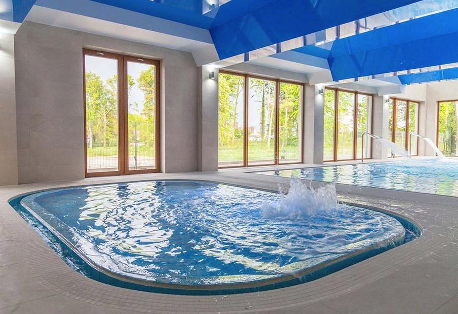 Hotel Sunset Spa in Rewal, Hallenbad