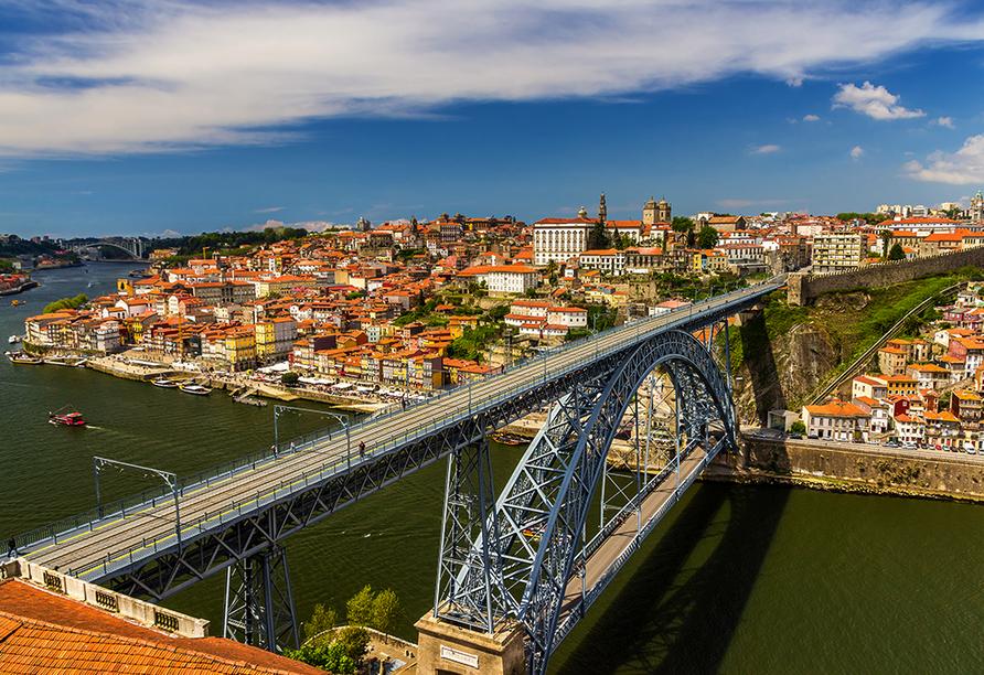 MS Magellan, Porto