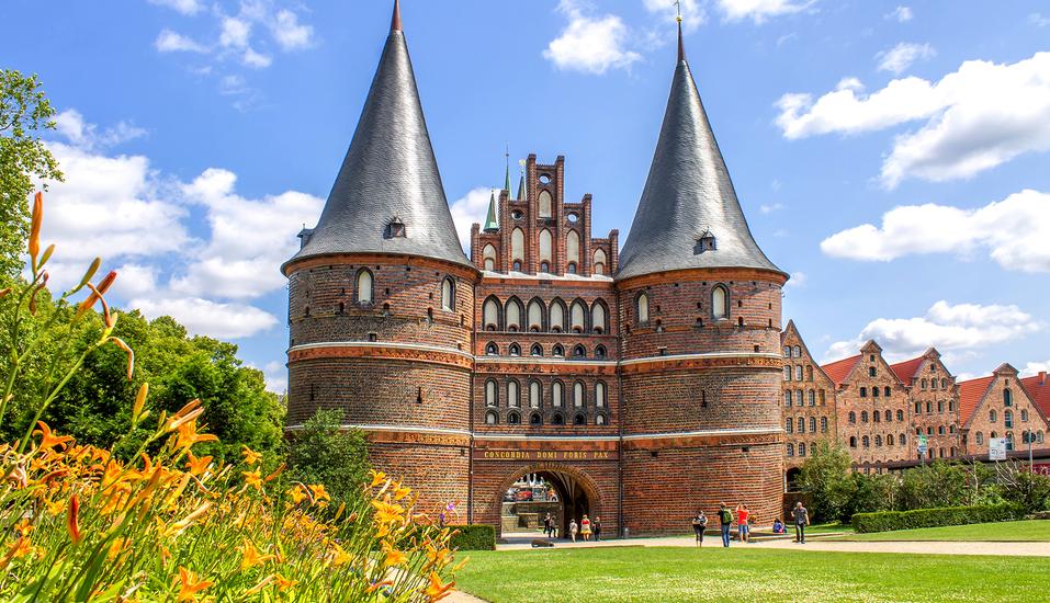 Ibis Hotel Lübeck City, Holstentor
