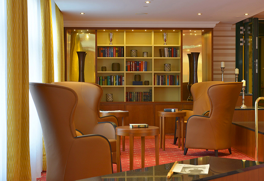 Hotel Schweizer Hof in Bad Füssing im Bayerischen Wald, Bibliothek