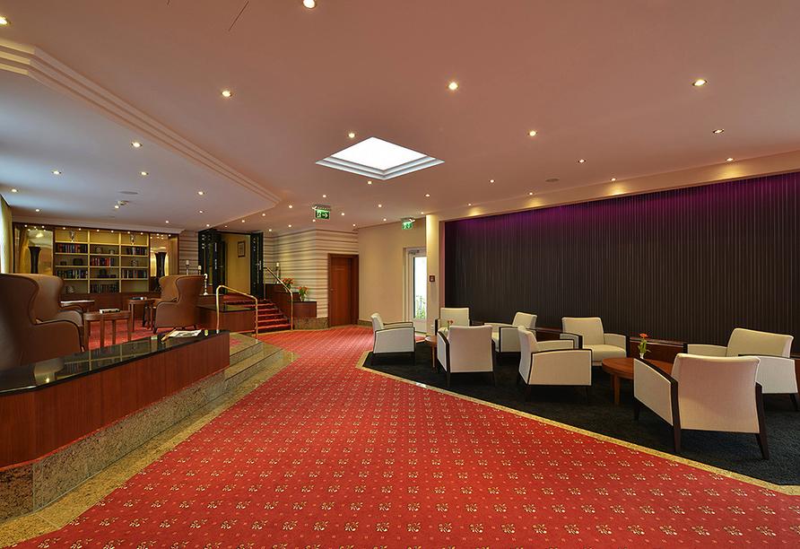 Hotel Schweizer Hof in Bad Füssing im Bayerischen Wald, Hotelhalle