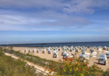 Hotel Friedrich Franz Palais, Strand mit Strandkörben