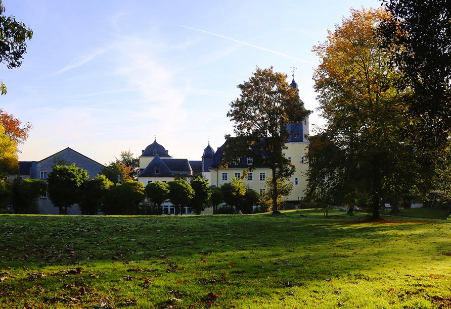 CAREA Schlosshotel Domäne Walberberg, Willkommen