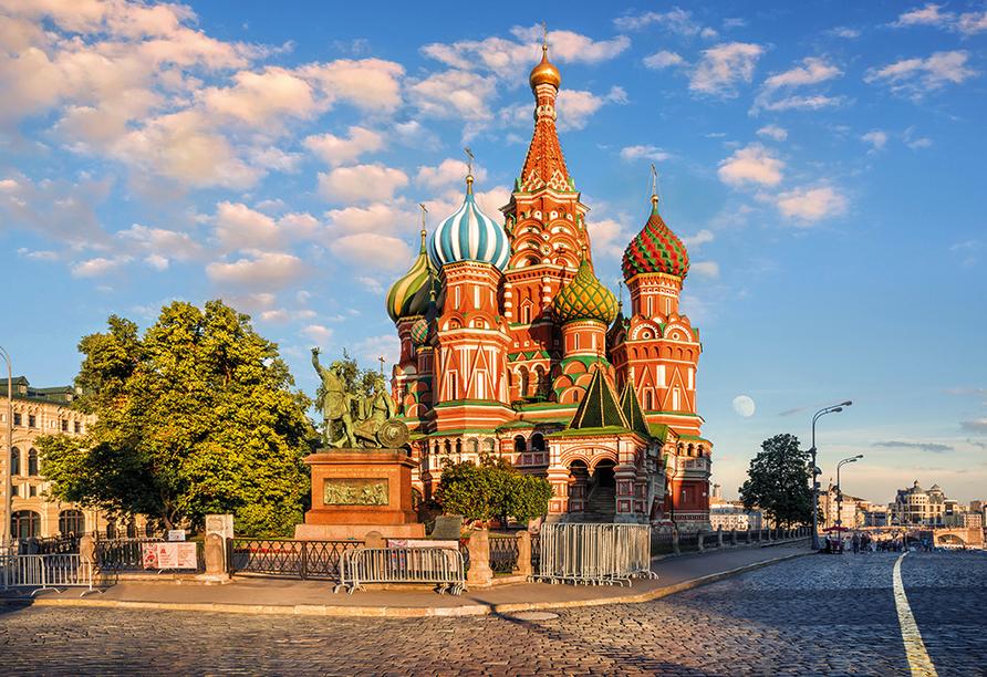 MS Andrey Rublev, Basilius Kathedrale
