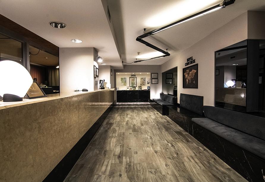 Hotel Concorde in Arona Lago Maggiore Italien, Lobby