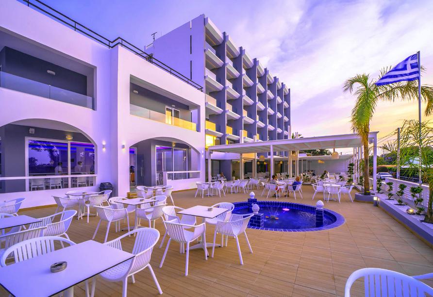 Hotel Oceanis Park in Ixia, Rhodos, Griechenland, Terrasse