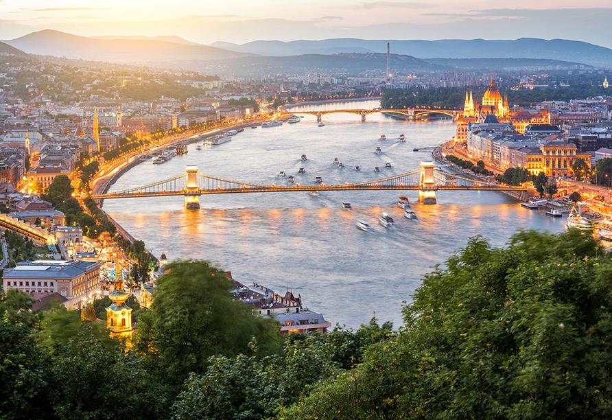 MS Primadonna, Budapest