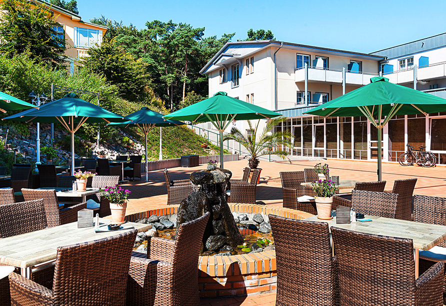 Ostseehotel Villen im Park in Bansin, Terrasse