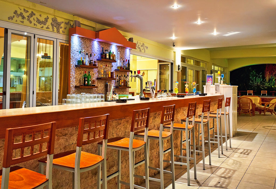 Hotel Gaia Royal in Mastichari, Lobbybar