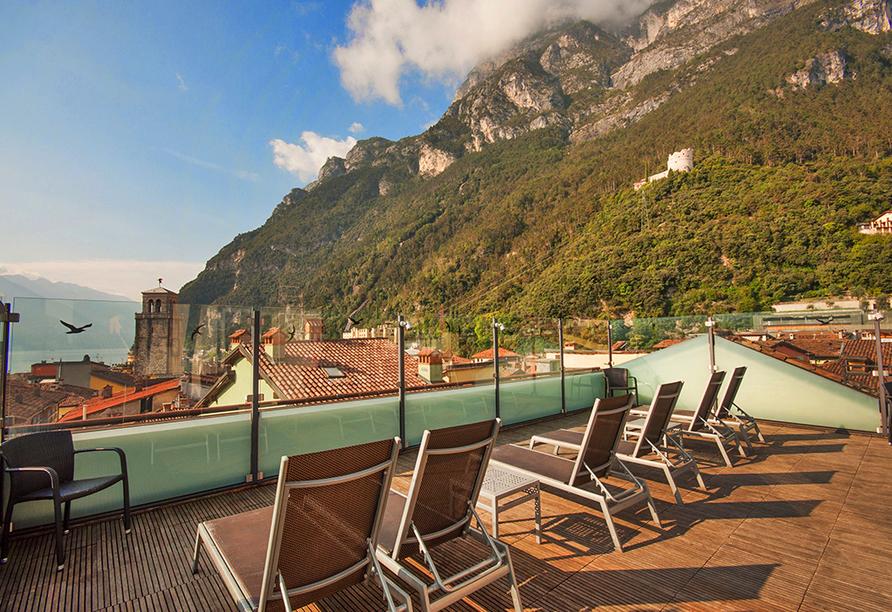 Hotel Antico Borgo in Riva del Garda, Terrasse