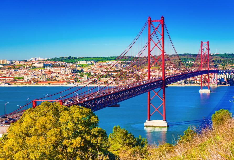 Hotel Mundial in Lissabon, Ponte de 25 Abril