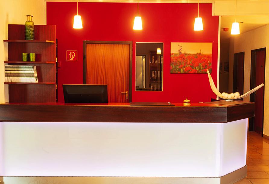 Hotel Tannenhof in Haiger, Rezeption