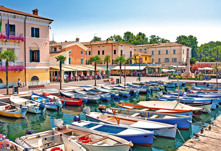 Hotel Internazionale in Torri del Benaco am Gardasee, Bardolino