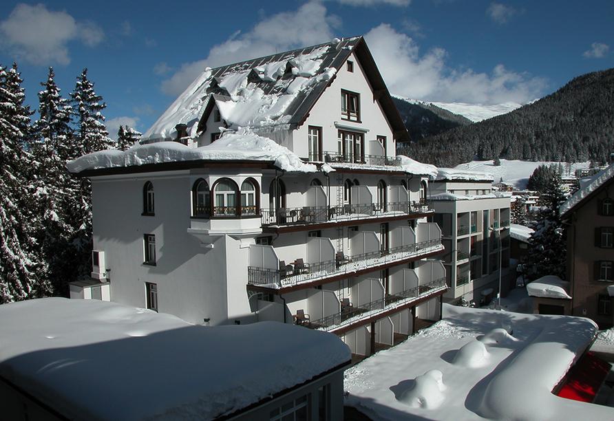 Hotel Meierhof Davos, Schweiz, Außenansicht im Winter