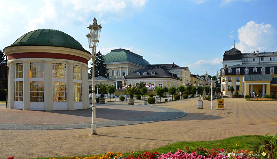 Kurhaus Sevilla in Franzensbad, Böhmisches Bäderdreieck, Tschechien, Franzensbad Stadtzentrum