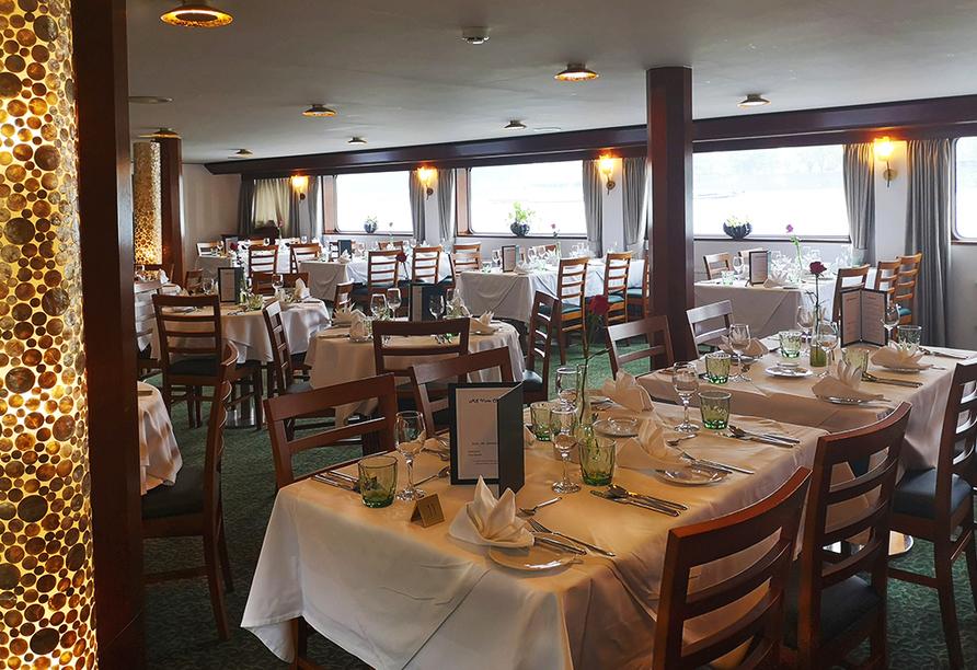 DCS Amethyst Classic, Restaurant