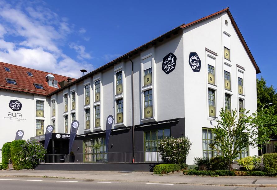 Arthotel ANA Aura in Aystetten, Außenansicht