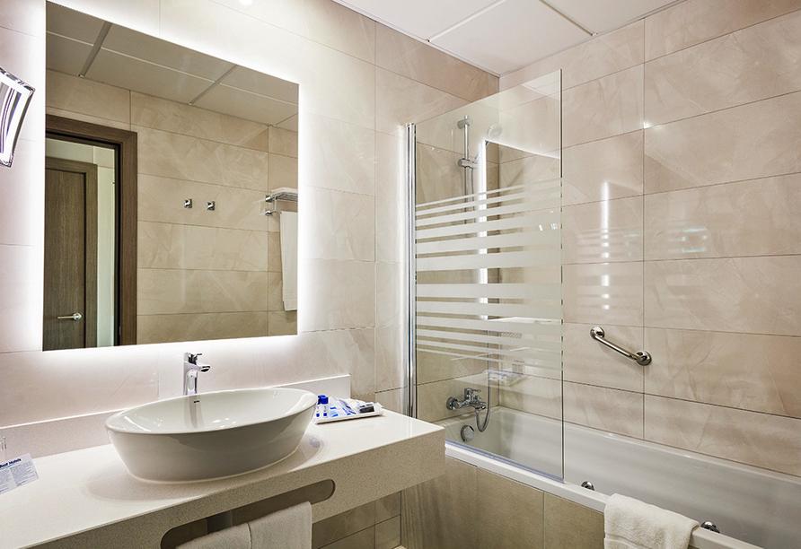Hotel Best Costa Ballena in Chipiona, Beispiel Badezimmers