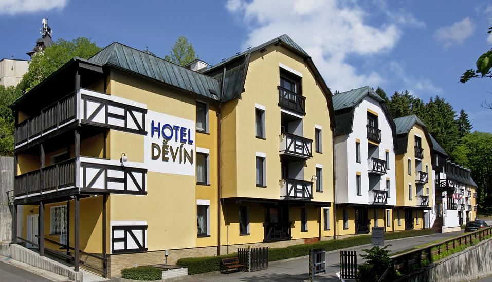 Spa Hotel Devin in Marienbad, Böhmisches Bäderdreieck, Tschechien, Außenansicht