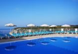 Hotel Playa Azul, Cala'n Porter, Menorca, Außenpool