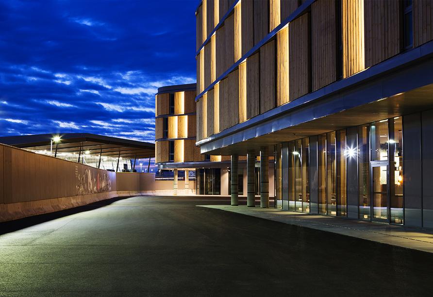 MS Midnatsol, Außenansicht Comfort Hotel Bergen Airport