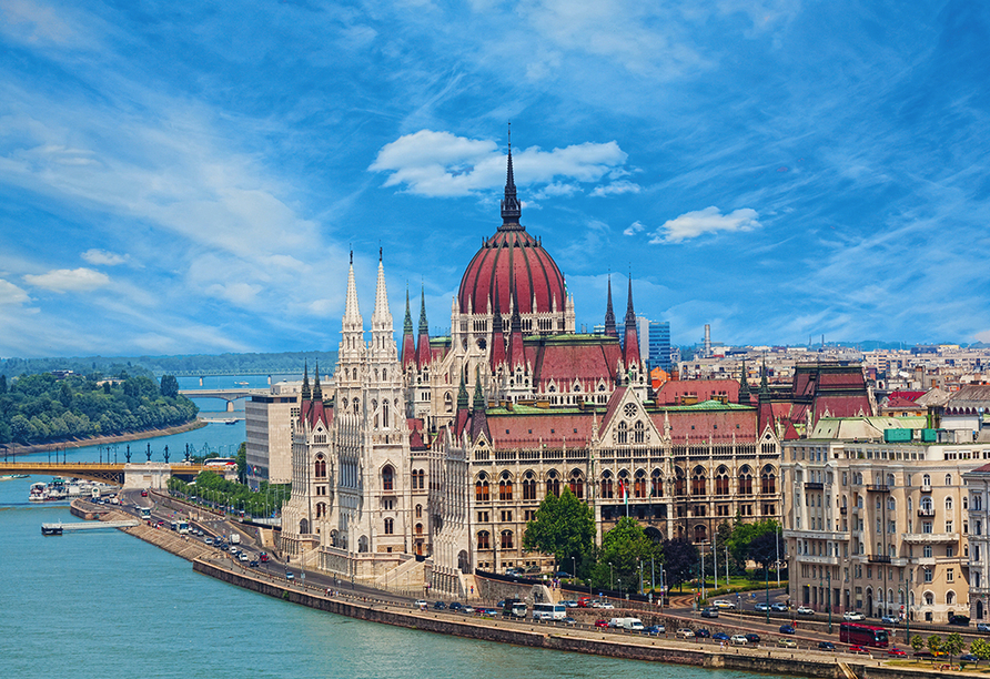 DSC Amethyst, Budapest, Parlament