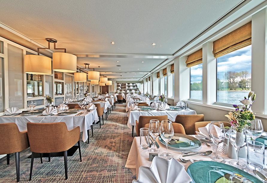MS Andrea, Restaurant mit Panoramaausblick