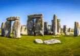 Gehen Sie dem Rätsel um den bekannten Steinkreis Stonehenge auf die Spur.
