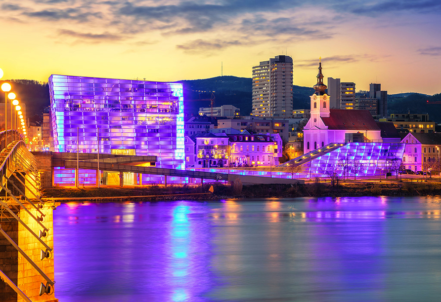 AMEDIA Hotel Linz, Ars Electronica Center