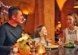 Van der Valk Resort Linstow, Familie im Restaurant