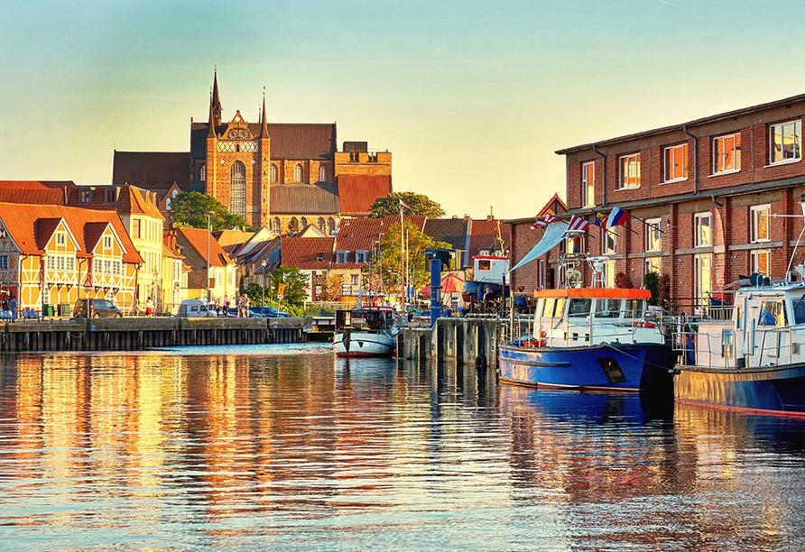 Hotel Alter Speicher, Der Hafen von Wismar