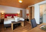 Hotel Sonnenhof und Sonnhalde in Ühlingen-Birkendorf im Schwarzwald, Zimmerbeispiel Doppelzimmer Sonnenhof